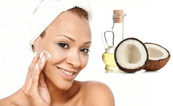Tẩy trang bằng dầu dừa có nhiều ưu điểm