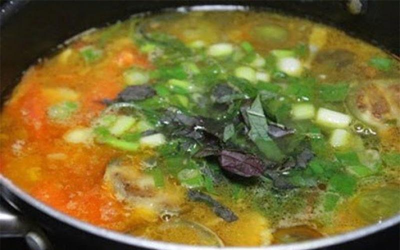 Món cà tím xào đậu phụ và thịt ba chỉ