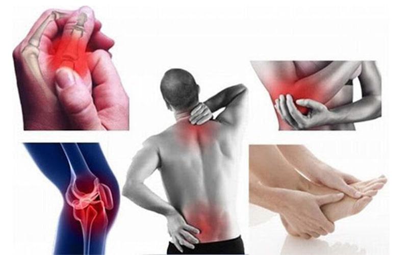 Các cơn đau âm ỉ hoặc khi vận động