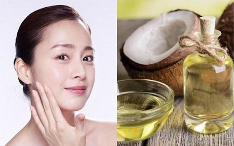 Dầu dừa tăng cường khả năng giữ ẩm và kháng khuẩn của da