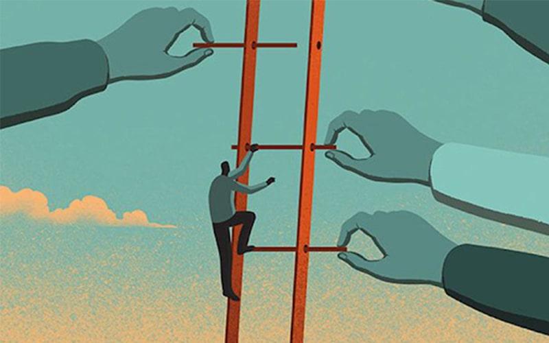 Không hề dễ dàng khi leo lên bậc thang sự nghiệp mà chưa có gì trong tay