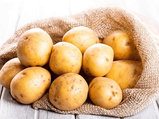 Củ khoai tây chứa nhiều potassium tốt cho phụ nữ mang thai bị đau đầu
