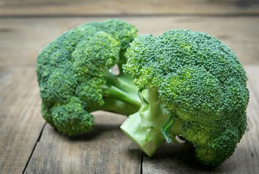 Bông cải xanh giàu sắt, giúp cải thiện tình trạng thiếu máu, đau đầu