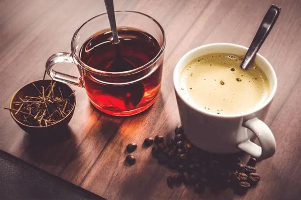 Cà phê và trà làm giảm khả năng hấp thụ chất sắt