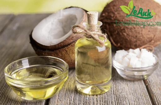 Trị nám da bằng dầu dừa nguyên chất