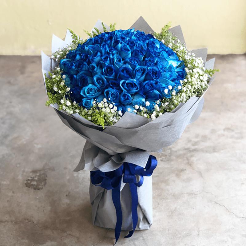 Hoa hồng xanh được coi là biểu tượng của tình yêu vĩnh cửu