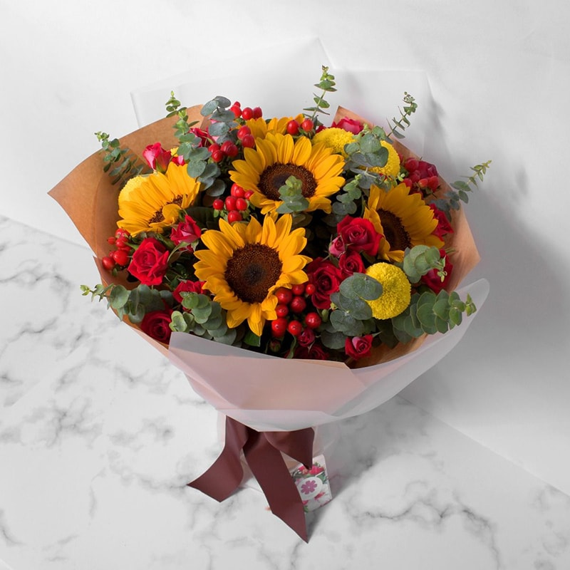 Hoa hướng dương là hiện thân của tình yêu cháy bóng, chân thành và mạnh mẽ